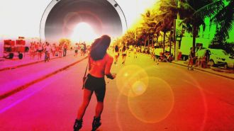 David Guetta & Showtek ft. Magic! & Sonny Wilson - Sun Goes Down