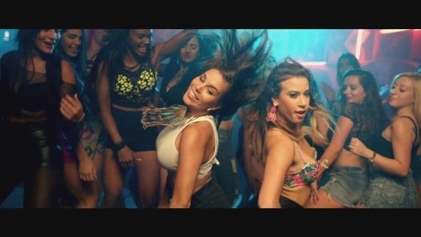 Alex Sensation ft. Yandel, Shaggy - Bailame