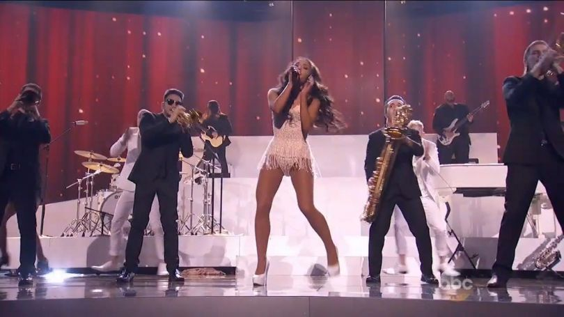 Ariana Grande - Focus (Live, American Music Awards 2015)