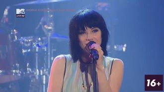 Carly Rae Jepsen - Run  Away With Me (Live 2015)