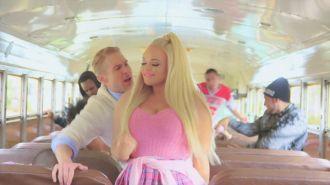 Sean Van Der Wilt feat. Trisha Paytas - PlayGround