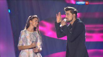 Дима Билан и София Тарасова — Когда лёд растает (Live, Рождественская Песенка года 2015)