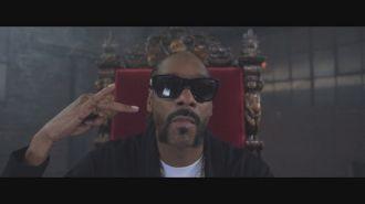 Raven Felix ft. Snoop Dogg, Nef The Pharaoh - Hit The Gas