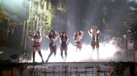 Fifth Harmony ft. Ty Dolla Sign - Work from Home (Live Billboard Music Awards 2016)