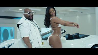 E-40 Feat. Jazzy Pha & B-Legit - Savage
