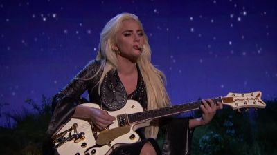 Lady Gaga - Million Reasons (Live From The American Music Awards/2016)