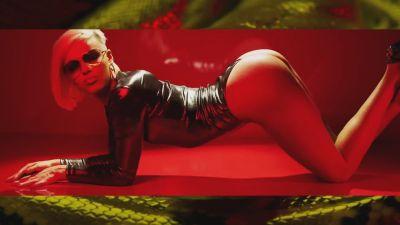 Tyga ft. Desiigner - Gucci Snakes