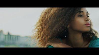 Enrique Iglesias feat Descemer Bueno & Jacob Forever - Subeme La Radio (Remix)