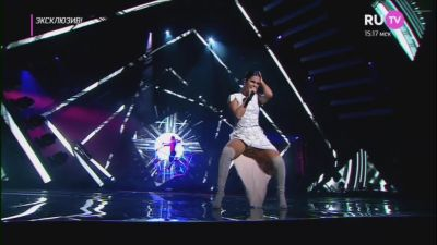 Нюша - Тебя любить (Live, Премия RU.TV 2017)