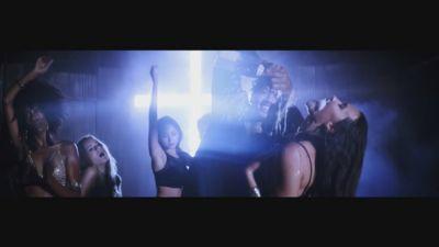 Tyga ft. Honey Cocaine - Nann Nigga