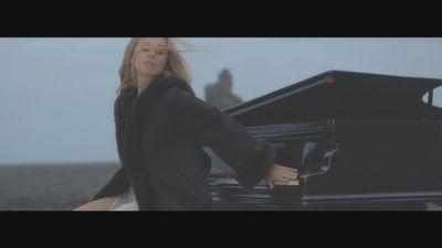 Lara Fabian - Choose What You Love Most (Let It Kill You)
