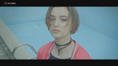 Olga feat. Kio - Pagini albe