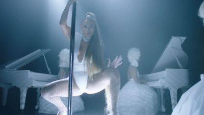Jennifer Lopez ft. French Montana - Medicine