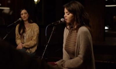 Selena Gomez - Rare (Live From The Village Studio)